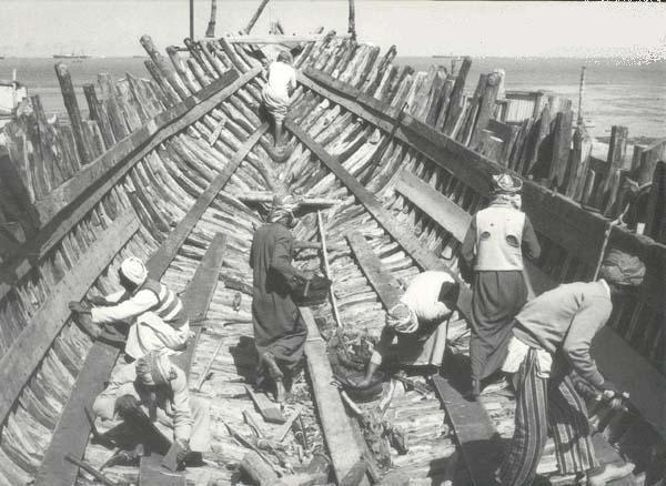 صناعة السفن قديما