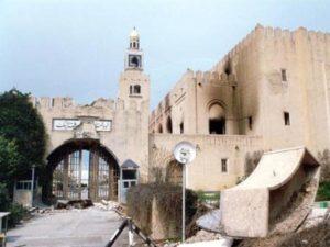 """تدمير قصر الحكم """" قصر السيف العامر """" ."""
