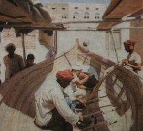 صناعة القوارب إحدى حرف المهرية الرائجة منذ القدم ( عدن غدا )