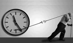 لا تهدر وقتك بما لا ينفع فالوقت كالسيف ...