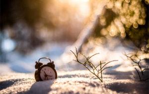 الوقت يمضي ...