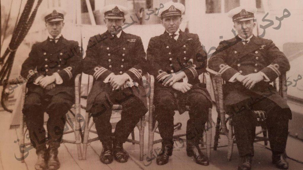 اربعة من كبار ضباط البحرية في الجيش البريطاني