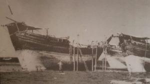 بغلة عبدالله القطامي و بوم علي النجدي ( بيان) في ميناء عدن
