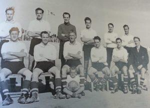 فريق اسكتلندا احدى فرق شركة نفط الكويت عام 1952م