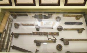 مجموعة من المحابر القديمة الأثرية من مقتنيات مركز المخطوطات والتراث