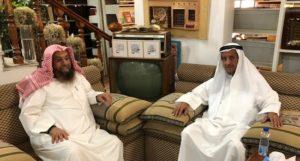 الباحث الشيخ عدنان الرومي يمين) في زيارة د . محمد الشيباني