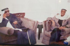 من اليمين راشد سالم بو قماز وشقيقه عبدالوهاب سالم بو قماز رحمهما الله