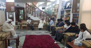 متفوقوا مدرسة سيف الدولة واساتذتهم يستمعون إلى شرح د . محمد الشيباني