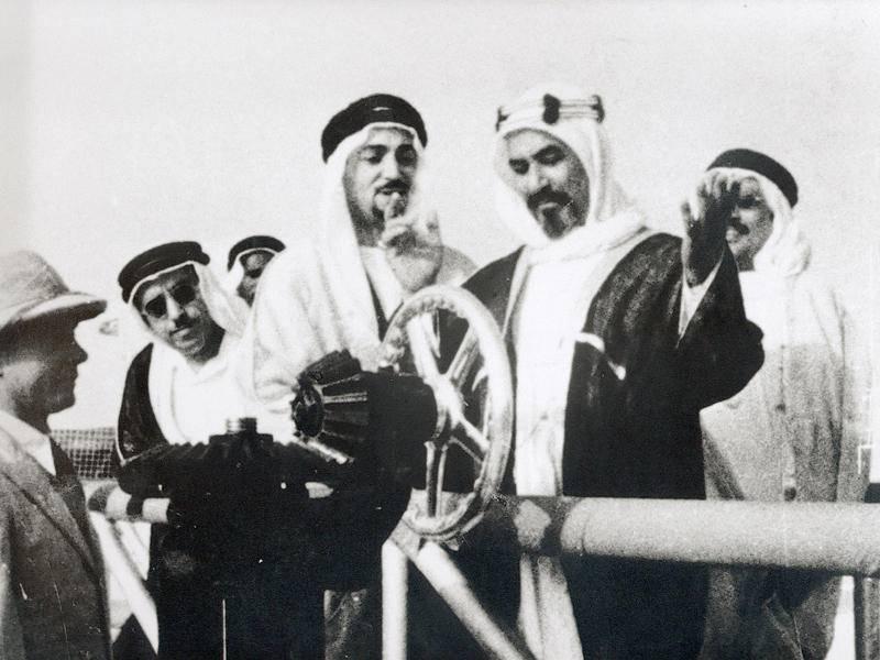 الشيخ أحمد الجابر وبدأ تصدير النفط الكويتي