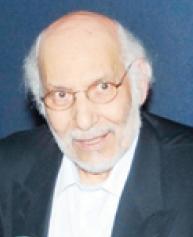 د فاروق عبدالعزيز