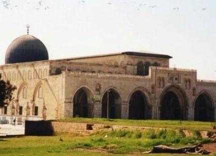مسجد مبارك العيار في الجهراء