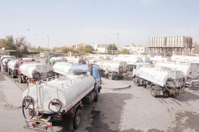 محطة تعبئة صهاريج المياه في الكويت