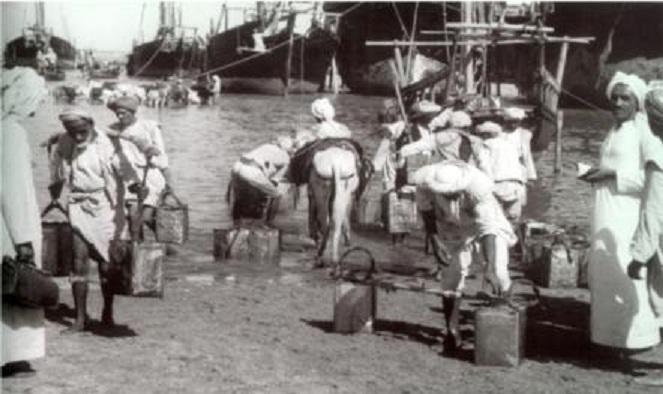 جلب الماء من السفن من شط العرب قديما في الكويت