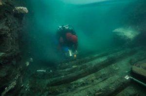 العثور على سفينة جنائزية غارقة في مصر تعود للقرن الرابع قبل الميلاد في قاع بحر مصر